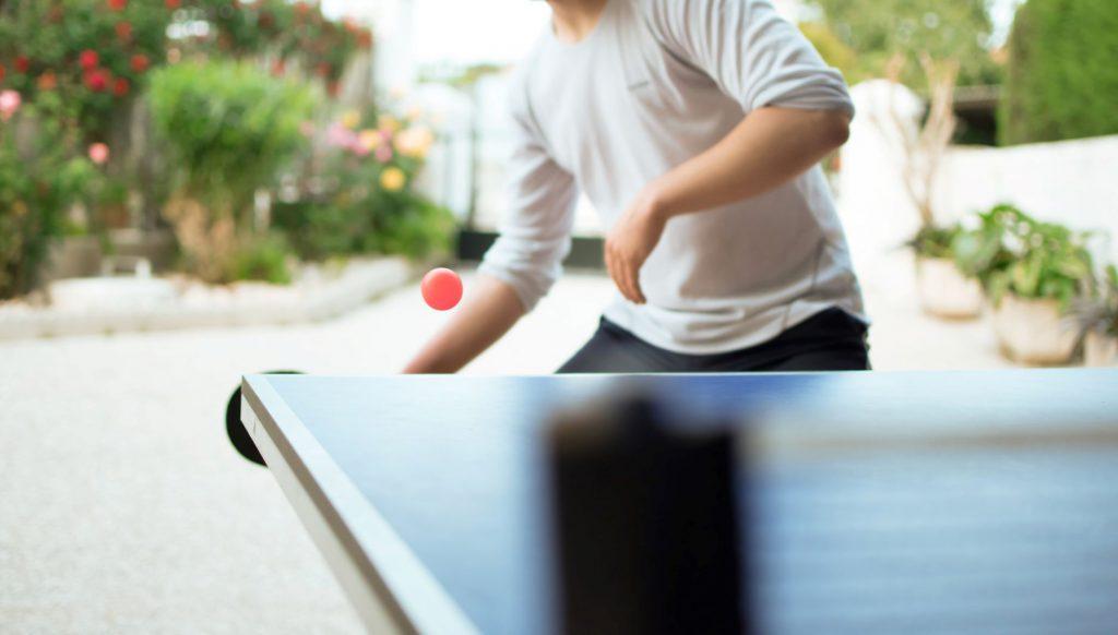 jak lepiej grać w tenisa stołowego